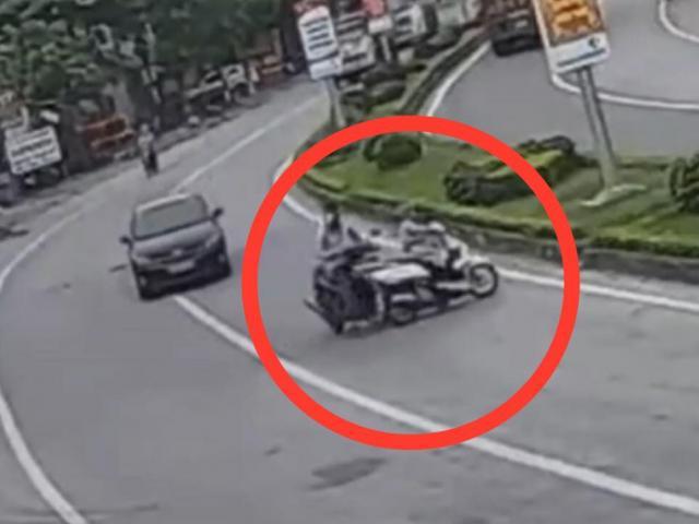 """Clip: Phi xe cắt ngang đường như tự sát, """"ninja lead"""" gặp ngay tai nạn"""