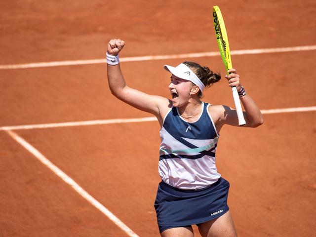Video Krejcikova - Sakkari: Kịch chiến 3 set, thành quả xứng đáng (Bán kết Roland Garros)