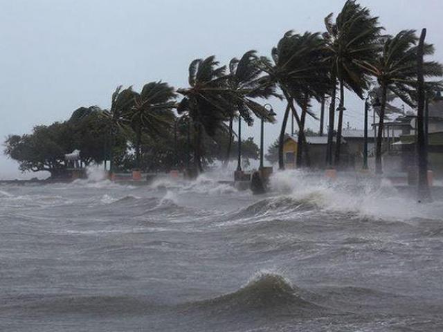 Bão số 2 đang đổ bộ Thái Bình – Nghệ An, mưa to, gió giật nhiều nơi
