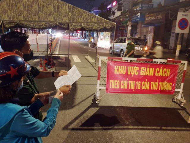 TP.HCM: Quận Gò Vấp tháo dỡ 12 chốt kiểm soát từ 0h đêm nay
