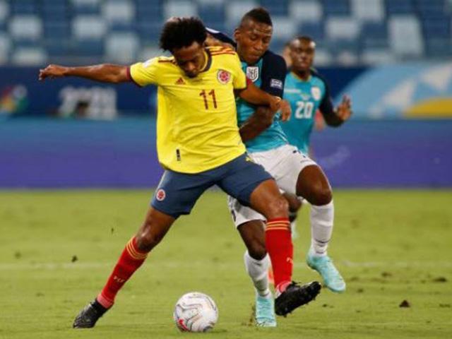 Trực tiếp bóng đá Colombia - Ecuador: Phối hợp đá phạt rất hay, Colombia dẫn trước (Copa America)