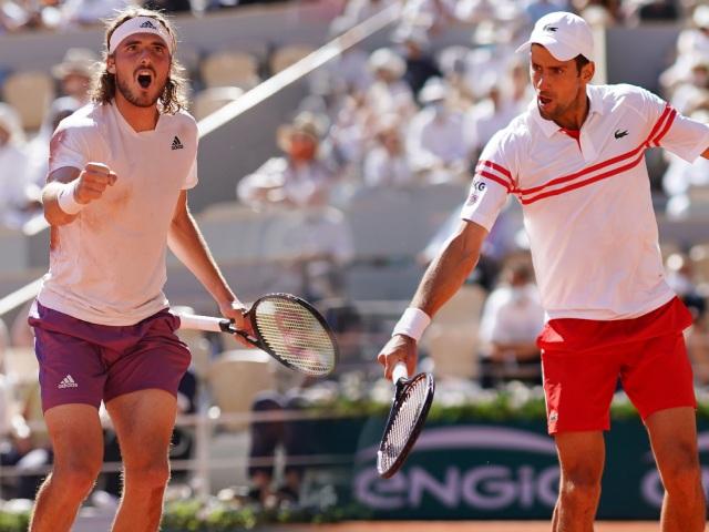 Video tennis Djokovic - Tsitsipas: Siêu phẩm ngược dòng, vỡ òa đăng quang (Roland Garros)