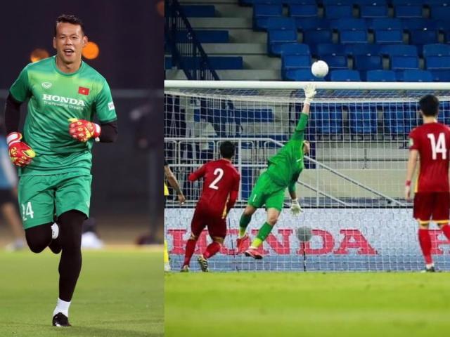 """Ngoài bắt bóng """"siêu dính"""", thủ môn Tấn Trường của đội tuyển Việt Nam còn có biệt tài kinh doanh"""