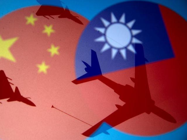 TQ cảnh báo rắn sau khi điều 28 máy bay quân sự áp sát Đài Loan