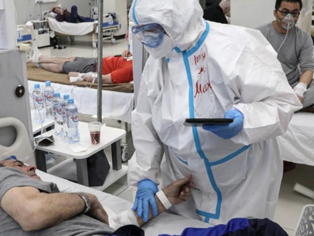 COVID-19: Ca tử vong ở Brazil vượt mốc 500.000, dịch ở Nga diễn biến xấu
