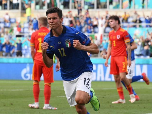 EURO 2020: ĐT Italia và 3 đội khác chắc vé vòng 1/8, cái tên nào sớm rời giải?