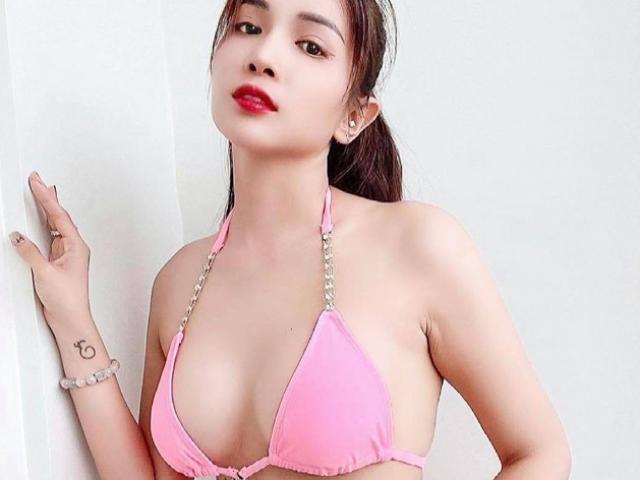 """""""Nữ đại gia Hậu Giang"""", """"hot girl tỷ phú Long An"""" chuộng váy áo tôn vòng 1 đẹp trời ban"""