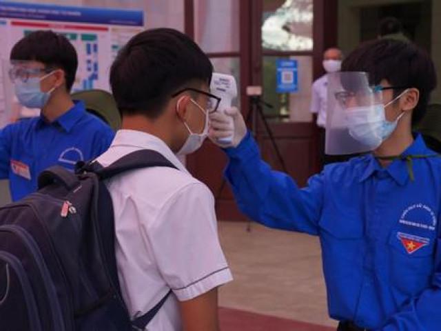 Trường chuyên đầu tiên tại Hà Nội công bố điểm trúng tuyển lớp 10
