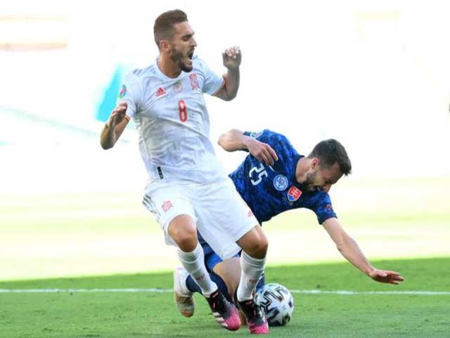 Trực tiếp bóng đá Slovakia - Tây Ban Nha: Laporte nhân đôi cách biệt (EURO)