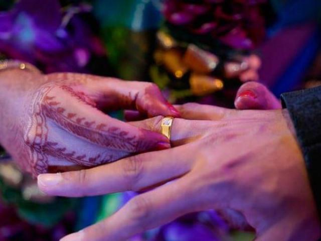 Người đàn ông đưa vợ mới cưới đi khám phụ khoa, phát hiện bí mật gây sốc liền kiện cả nhà cô ra tòa