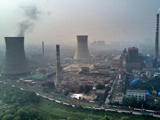 Trung Quốc đối mặt cuộc khủng hoảng tác động lớn đến kinh tế