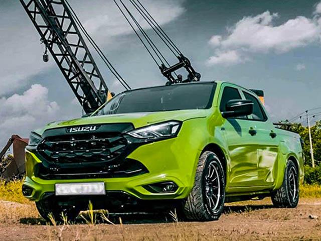 Xe bán tải Isuzu D-Max mới cực ngầu trong gói độ hạ gầm của tay chơi Việt