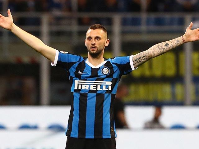 MU sắp có Varane lương 200.000 bảng/tuần, mua tiếp SAO Inter về đá thay Pogba