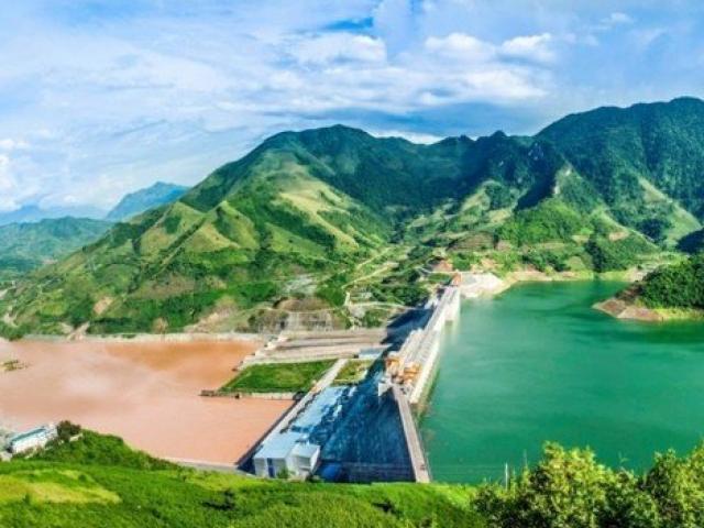 Nhà máy thủy điện nàolớn nhất Việt Nam?