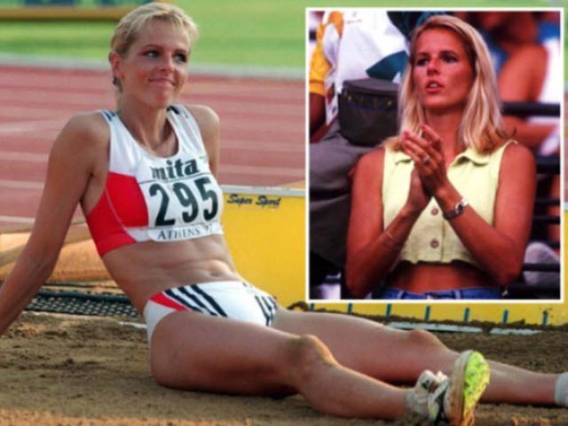 """Người đẹp tuyên bố khó cấm """"chuyện ấy"""" ở Olympic, 160.000 bao cao su vẫn cần thiết?"""