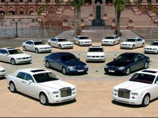 """Bộ sưu tập siêu xe """"cực chất"""" của hoàng tử Dubai"""