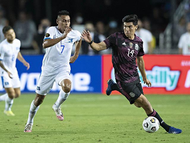 Video Mexico - El Salvador: Thắng nhọc đứng nhất bảng, hẹn đấu Qatar ở tứ kết (Gold Cup)