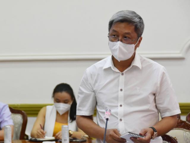 Thứ trưởng Y tế Nguyễn Trường Sơn khẩn thiết kêu gọi đồng nghiệp hỗ trợ TP.HCM chống dịch