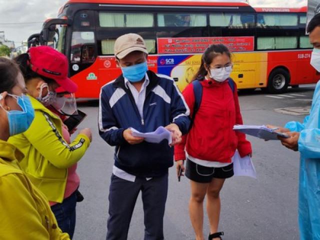 400 người dân Phú Yên về quê trên 20 chuyến xe ân tình