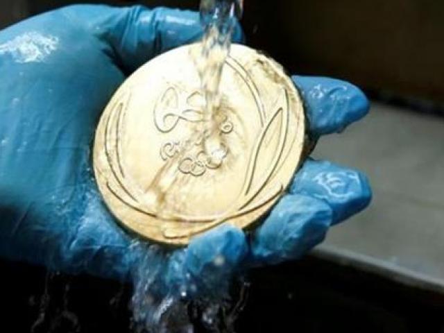 Huy chương vàng Olympic thực chất làm bằng gì?