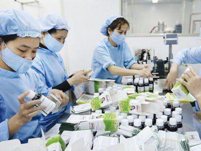 Bão Covid-19 càn quét, doanh nghiệp dược phẩm, y tế có được hưởng lợi?