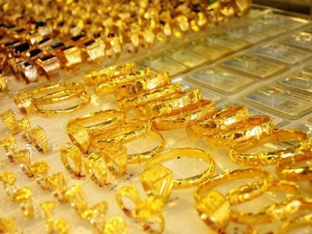 """Giá vàng hôm nay 28/7: Vàng lên xuống """"chóng mặt"""""""