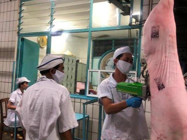 Vissan dừng hoạt động sản xuất do 43 ca nhiễm Covid-19, nguồn cung thịt heo sẽ như thế nào?