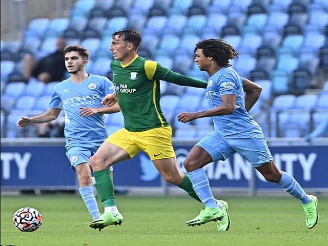 """Video Man City - Preston North End: Siêu phẩm của Mahrez, lạnh lùng """"kết liễu"""""""