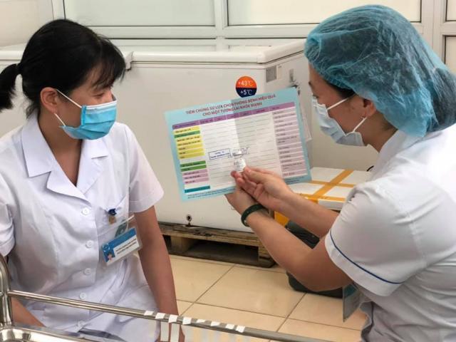 Việt Nam đã tiêm được hơn 5,3 triệu liều vắc-xin phòng COVID-19