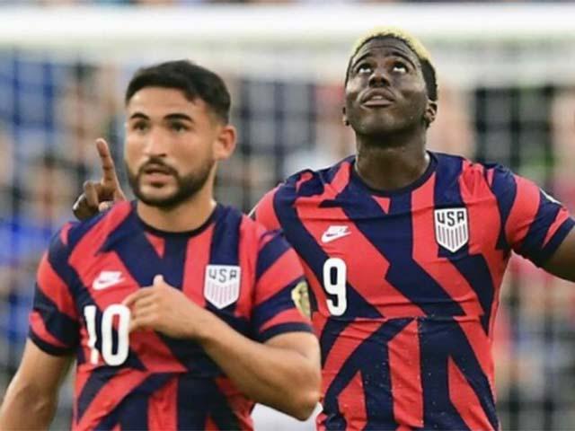 """Video Mỹ - Qatar: """"Người nhện"""" và bàn thắng muộn hạ gục """"nhà vua"""" châu Á (Bán kết Gold Cup)"""
