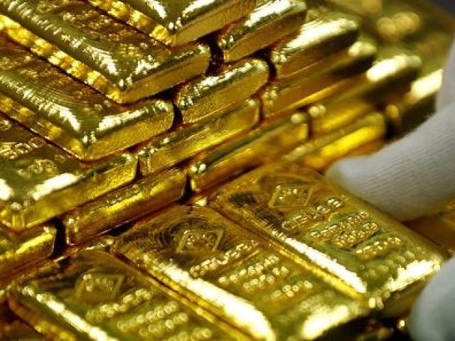 Giá vàng hôm nay 31/7: Đột ngột giảm mạnh phiên cuối tuần