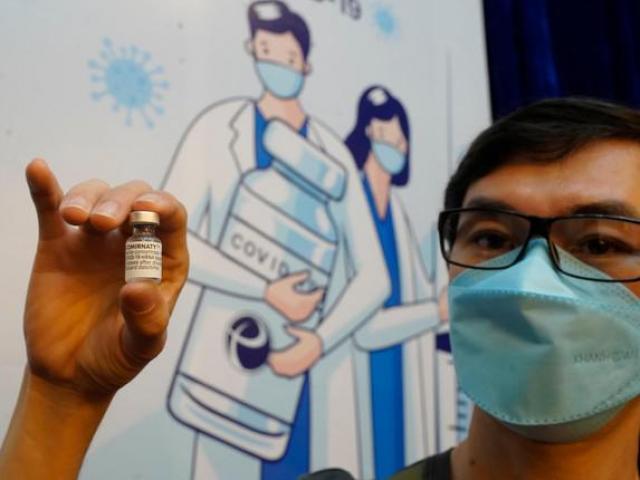 Kỷ lục số người được tiêm vắc xin COVID-19 trong một ngày tại TPHCM