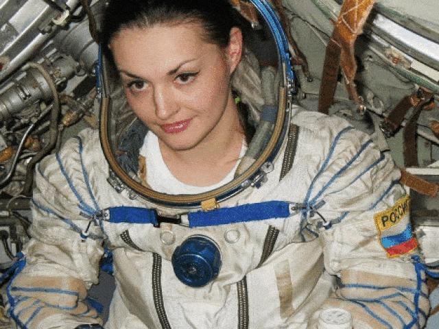 1001 thắc mắc: Tại sao phụ nữ là lựa chọn thông minh để đưa lên vũ trụ?