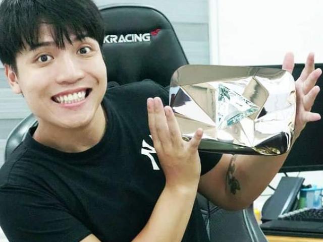 YouTuber có 4 nút Vàng cùng quê Sơn Tùng M-TP, ẵm luôn nút Kim Cương, mỗi năm kiếm 55 tỷ