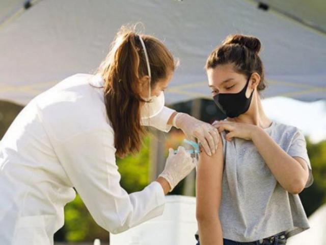 Tiêm đủ liều vaccine, giảm nguy cơ lây nhiễm Covid-19 tới 3 lần
