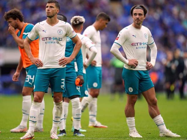 """Man City hụt Siêu cúp Anh: Pep lập kỷ lục buồn, vẫn khen """"bom tấn"""" Grealish"""