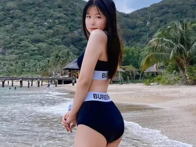 """952 1565157546987896 3272421816857380375 n  1  1629171485 631 width640height480 Cô gái được mệnh danh """"quốc bảo nhan sắc Việt"""", đeo đồng hồ 3 tỷ dẫn truyền hình là ai?"""