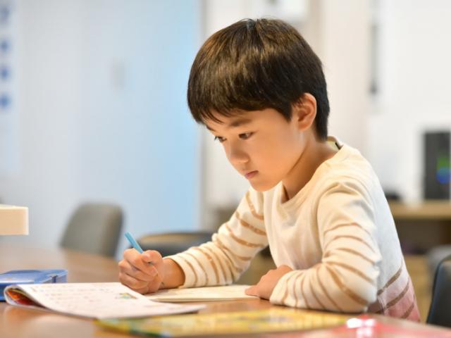 6 bài học cực kỳ thấm thía khi nuôi dạy các bé trai, bố mẹ cần chú ý