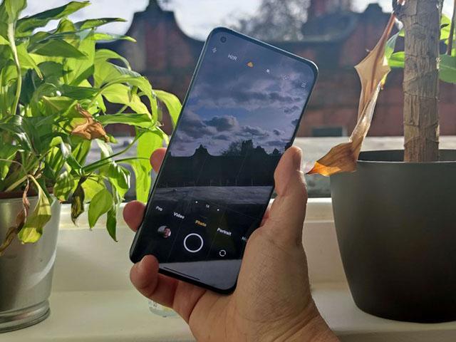 Xiaomi sắp tung smartphone với camera selfie 200 MP