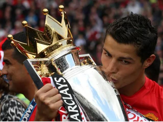 Ronaldo về MU: Huyền thoại tin vô địch Ngoại hạng Anh, bạn gái CR7 trêu HLV Real