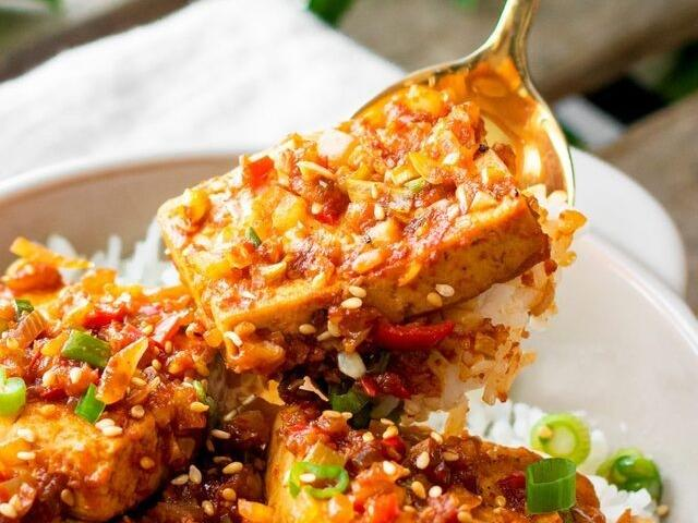 Thêm 1 cách chế biến mới khiến đậu phụ ngon hơn cả thịt, ăn hoài không chán
