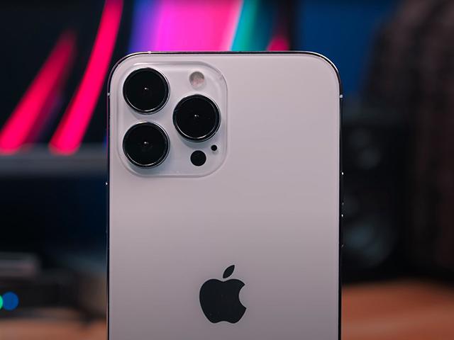 Tốc độ sản xuất iPhone 13 có thể khốn đốn vì Covid-19