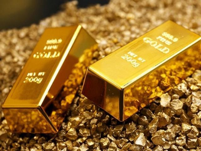 Giá vàng hôm nay 1/9: Chịu áp lực khi USD tăng giá, vàng lao dốc