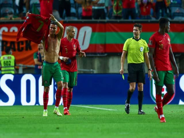 Ronaldo bị treo giò vòng loại World Cup: MU đón tin cực vui, CR7 sẽ hội quân sớm