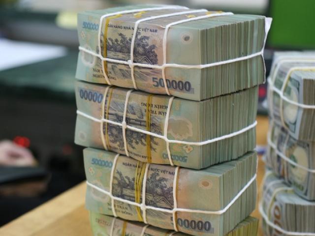 """Sở hữu """"kho tiền"""", đại gia này bỏ túi hơn 5 tỷ đồng lãi mỗi ngày"""