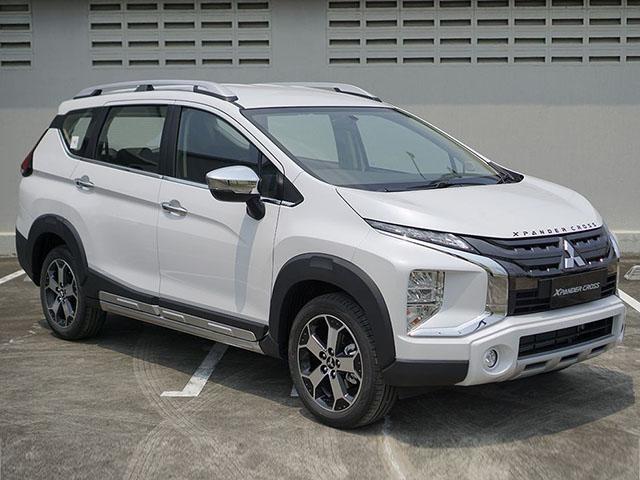 Giá xe Mitsubishi Xpander Cross tháng 9/2021, ưu đãi 50% LPTB