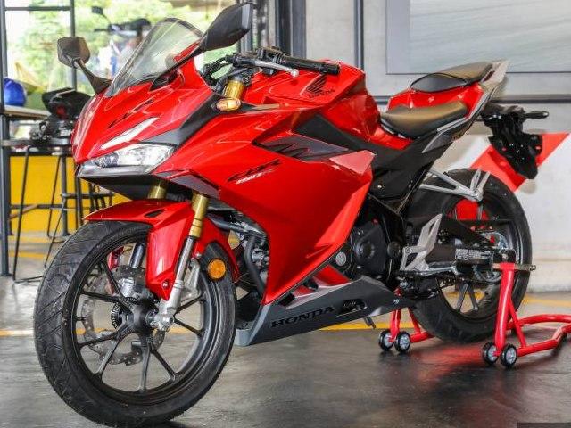 Cận cảnh 2021 Honda CBR150R giá chỉ nhỉnh hơn 68 triệu đồng
