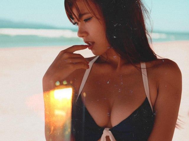 """Nữ giảng viên có vòng ngực đẹp nhất showbiz Việt tới mức bị đồn """"dao kéo"""" là ai?"""