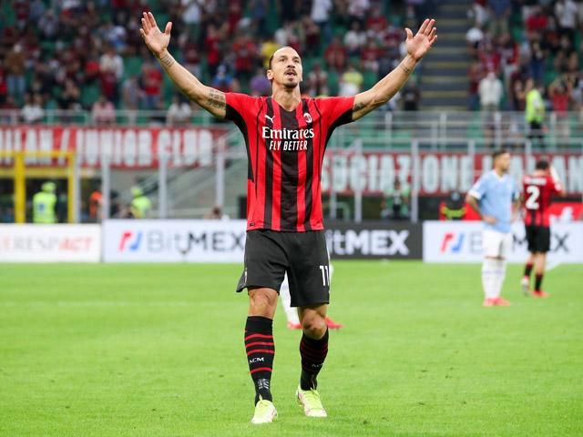 Ibrahimovic lập kỷ lục trong ngày tái xuất, dính lùm xùm khiến HLV Sarri bị đuổi