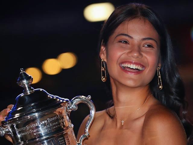 """Người đẹp Raducanu vô địch US Open trở thành """"nữ hoàng trang sức"""""""